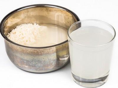 Có nên cho trẻ sơ sinh uống nước cơm không?