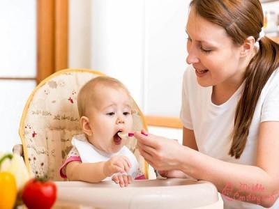 Bé 6 tháng ăn được những gì để tốt cho sức khỏe và hệ tiêu hóa?