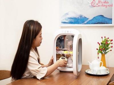 Nên mua máy tiệt trình bình sữa loại nào? Giá máy tiệt trùng bình sữa