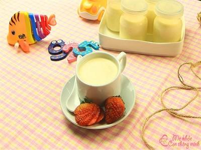 4 cách làm váng sữa thơm ngon như ngoài hàng cho bé