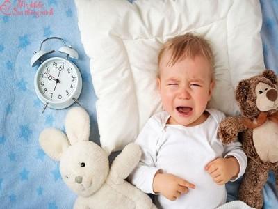 Nguyên nhân và cách khắc phục tình trạng trẻ khóc đêm
