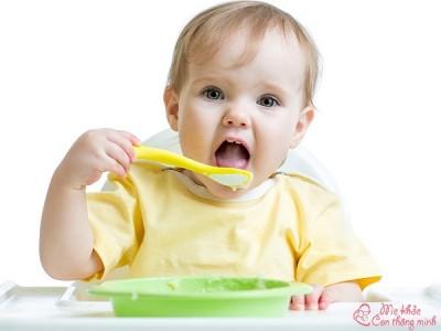 List 10 thực phẩm giúp bé hấp thu tốt, ăn ngon, khỏe mạnh