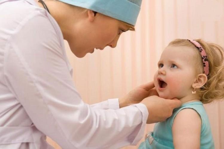 Triệu chứng bệnh quai bị ở trẻ em và cách điều trị