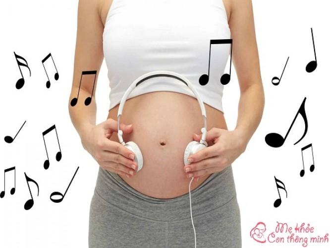 Khám phá những lợi ích tuyệt vời của nhạc Beethoven cho bà bầu