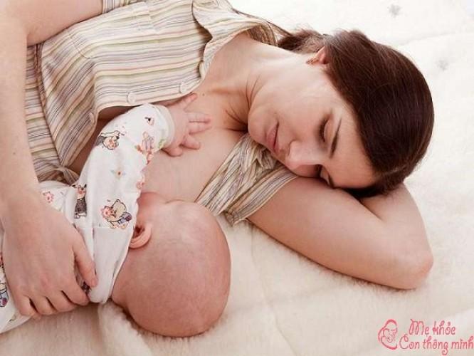 4 tư thế nằm sau sinh mổ tốt nhất giúp mẹ nhanh hồi phục sức khỏe