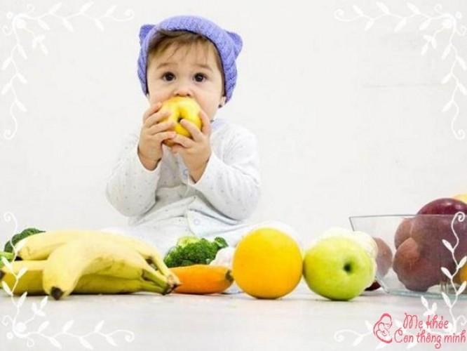 Bé 6 tháng ăn được trái cây gì? Top 7 loại quả tốt nhất cho bé ăn dặm