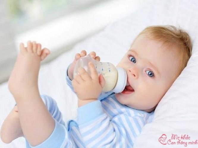 Bình sữa thủy tinh loại nào tốt? Top 5 bình sữa thủy tinh tốt nhất 2021