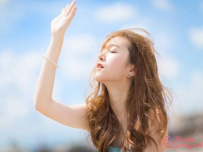 Top 7 kem chống nắng cho da dầu mụn tốt nhất hiện nay, bạn nên mua