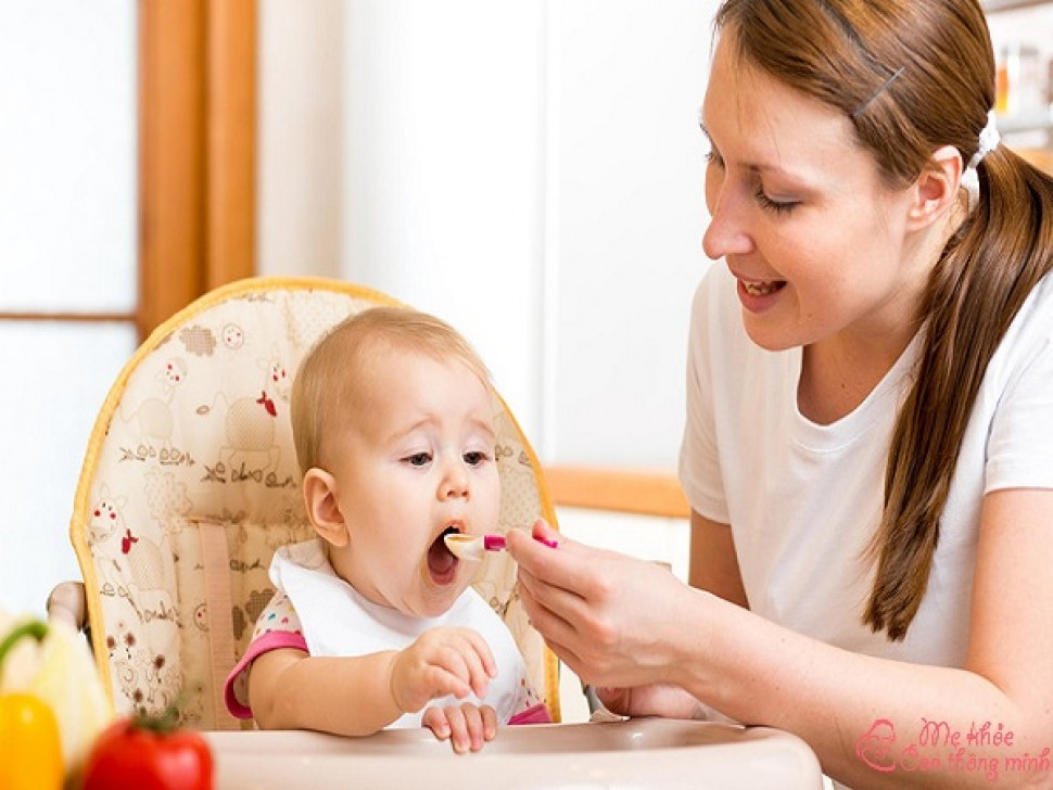 Trẻ 6 tháng ăn được những gì? Top 6 loại thực phẩm nên cho trẻ ăn