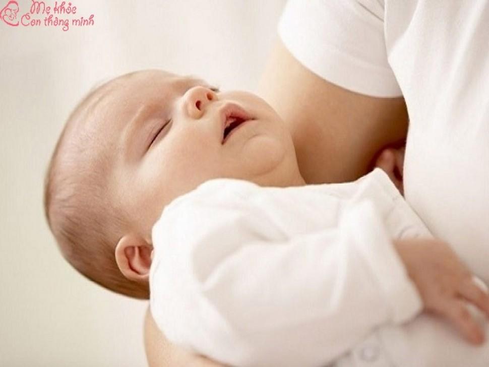 Trẻ bị khó thở phải làm sao? Cách nhận biết trẻ bị khó thở