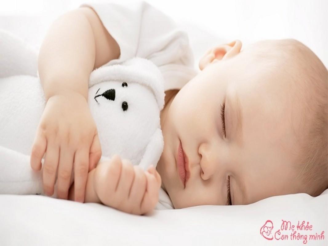 Trẻ Ngủ Bao Nhiêu Là Đủ? Tác Dụng Của Giấc Ngủ Đối Với Trẻ