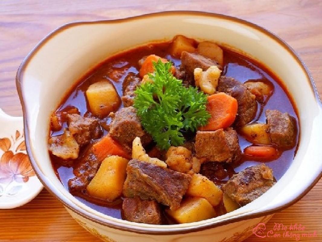 Cách Nấu Bò Sốt Vang Ngon Đúng Điệu, Ăn 1 Lần Là Nhớ Mãi